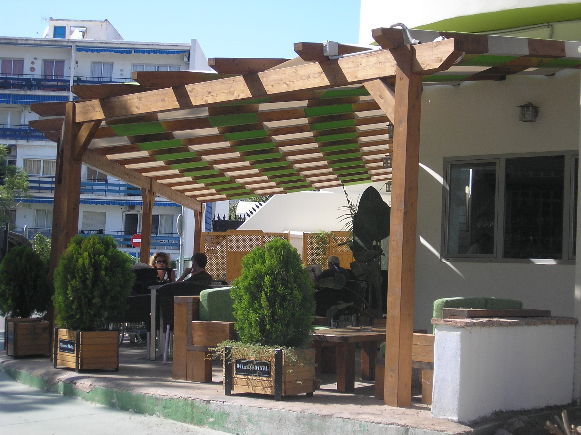 Terrazas cubiertas estructuras de madera dlc - Estructuras de madera para terrazas ...